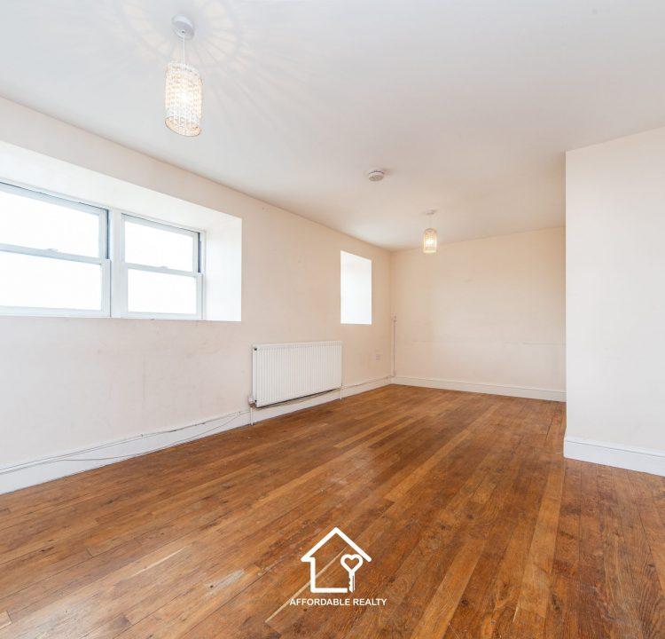 1 - Living Room (2)
