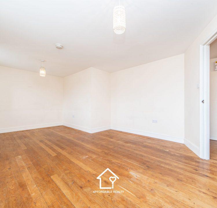 1 - Living Room (6)