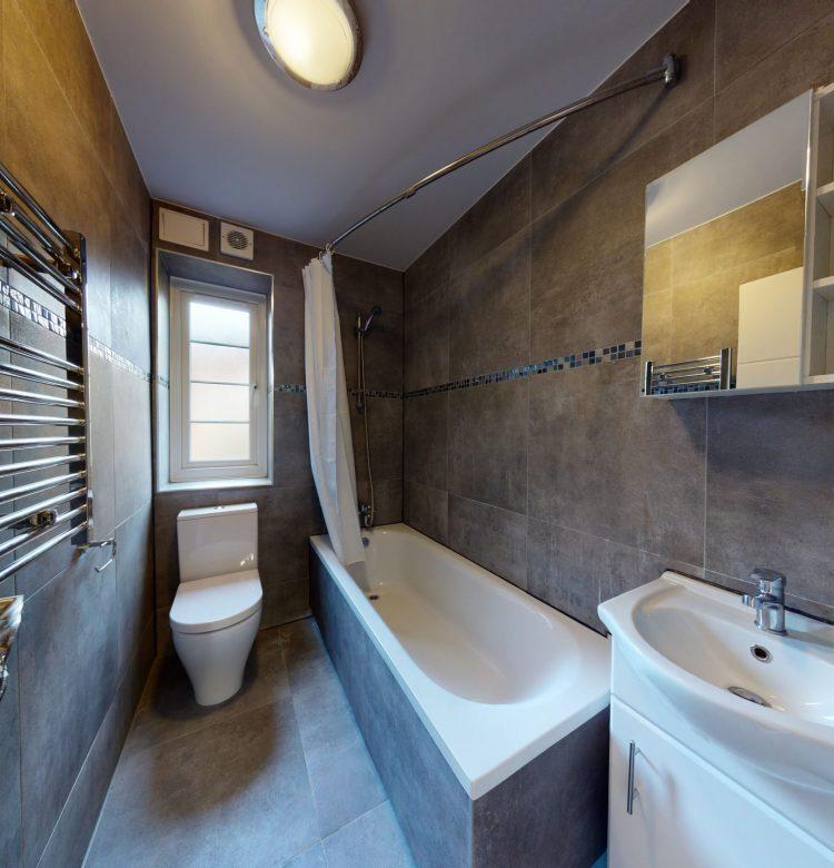 12-Brockwell-Court-6-Effra-Road-Brixton-SW2-1NA-BATHROOM