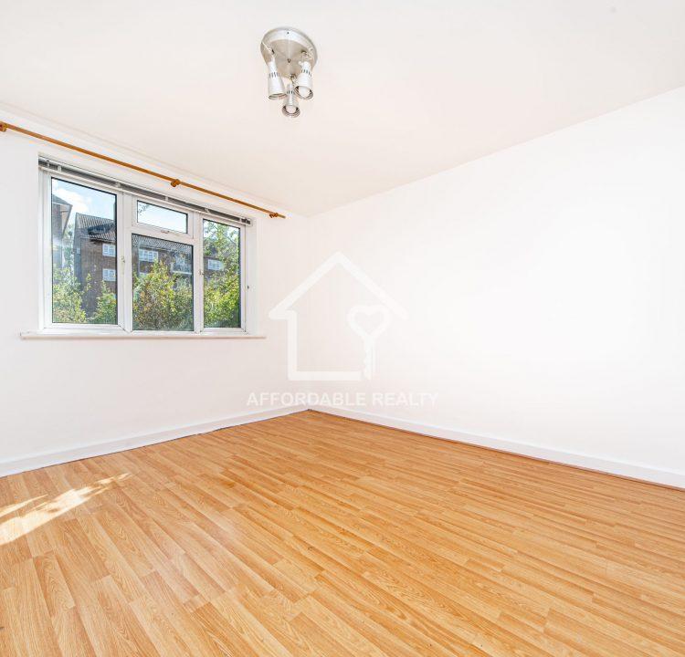 2 - Bedroom Larger (2)