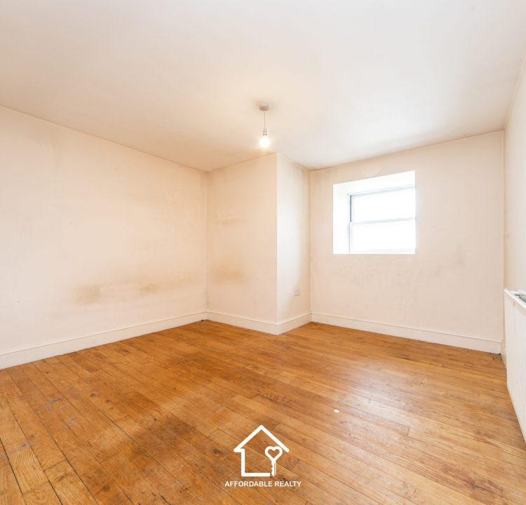 4 - Bedroom A (2)