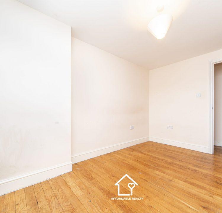 6 - Bedroom B (1)