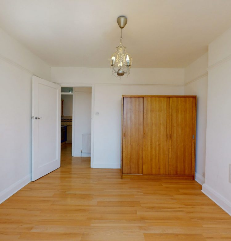 6-Sherwood-Hall-E-End-Road-BEDROOM-2