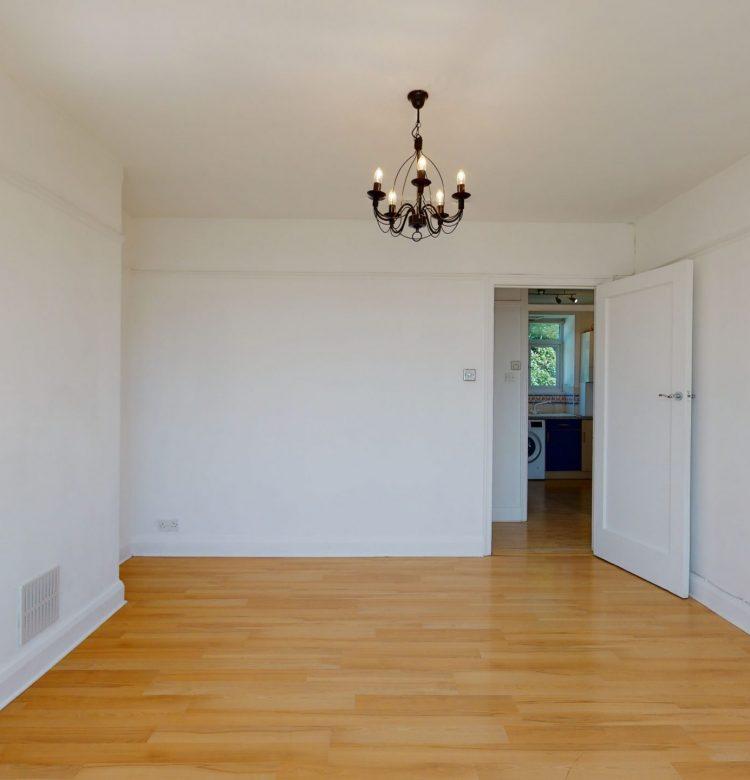 6-Sherwood-Hall-E-End-Road-LIVING-ROOM-3