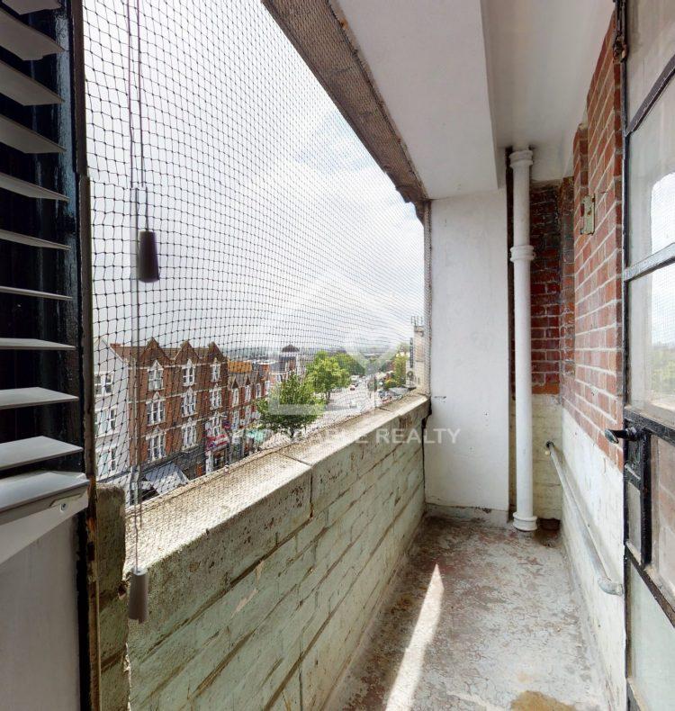 74 Westbury Court Balcony