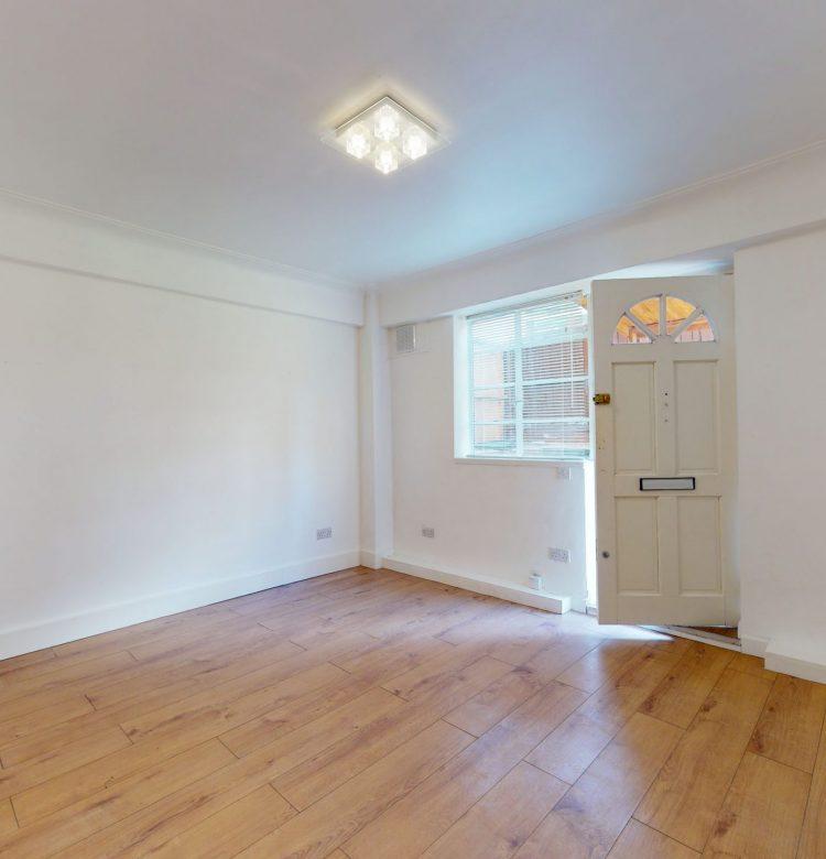 8-Westbury-Court-Nightingale-Lane-SW4-9AH-BEDROOM-5