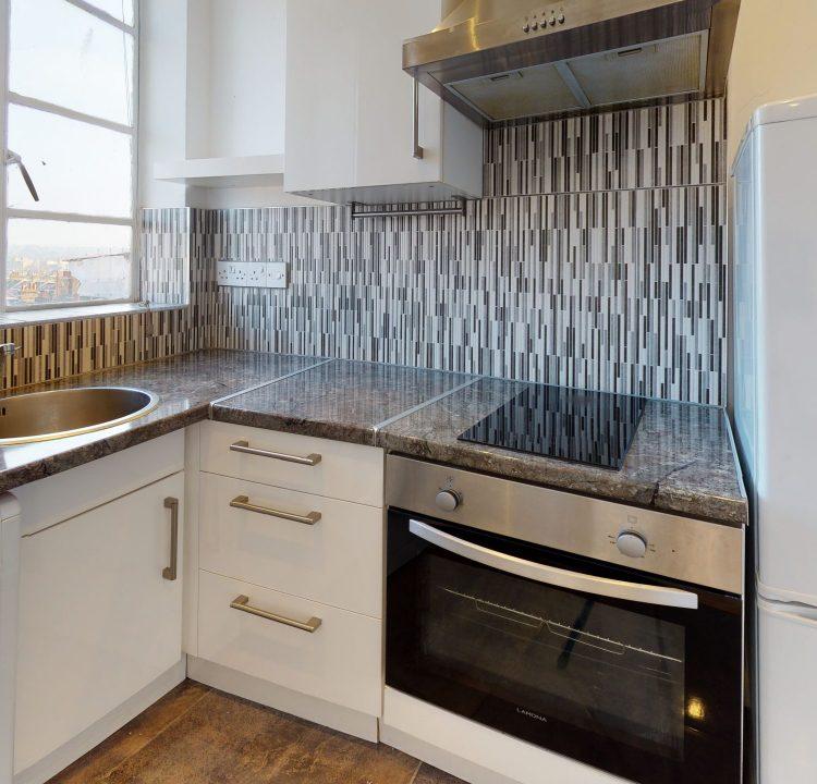 89-Westbury-Court-Kitchen