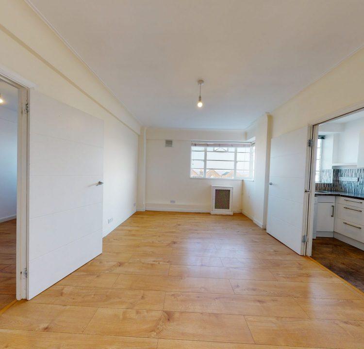 89-Westbury-Court-LIVING-ROOM-2