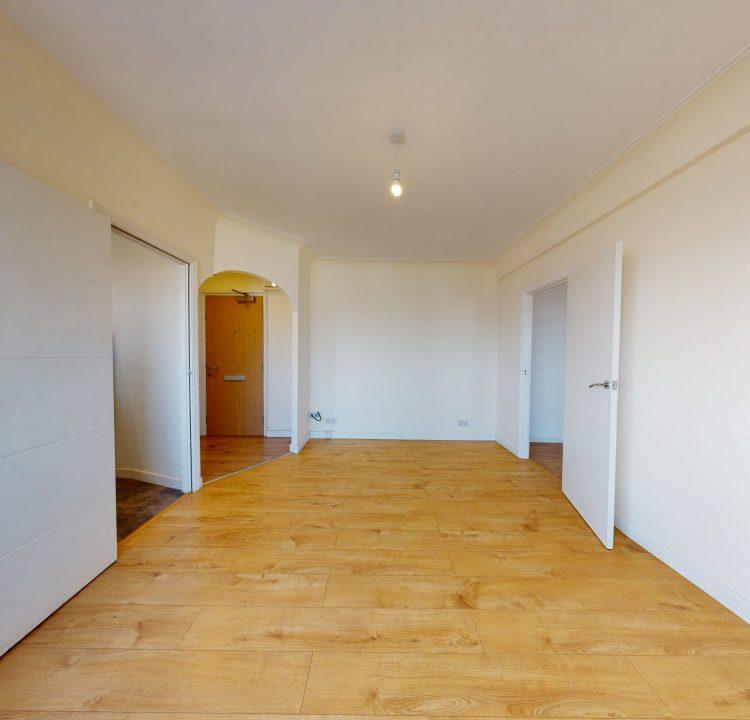 89-Westbury-Court-LIVING-ROOM-3