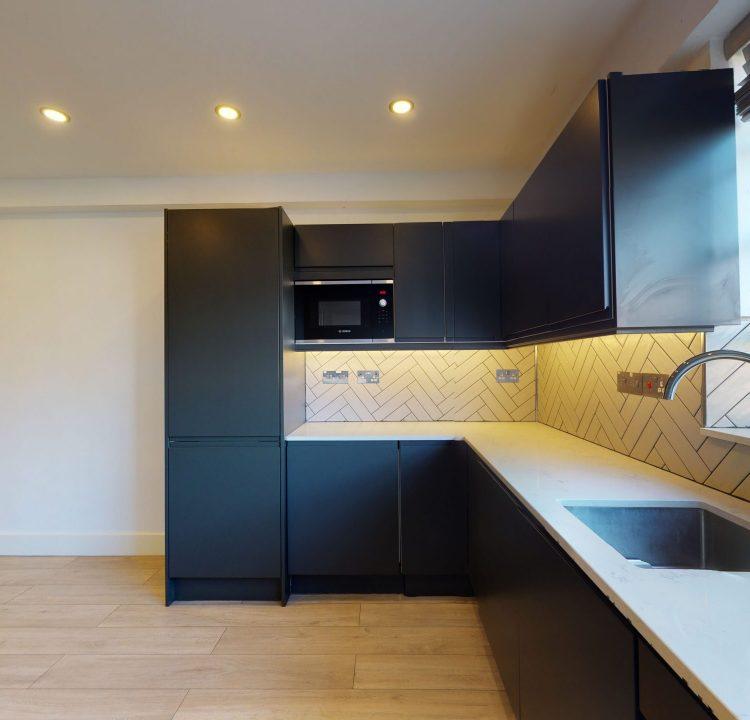 Flat-35-Westbury-Court-Nightingale-Lane-Ballam-SW4-9AA-KITCHEN-4