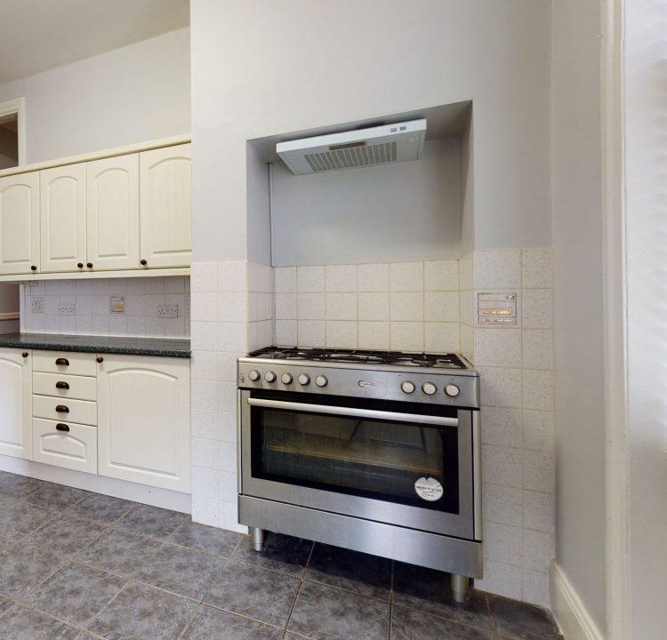 Flat-52-Flanders-Mansions-Chiswick-London-W4-1NF-UK-KITCHEN-2