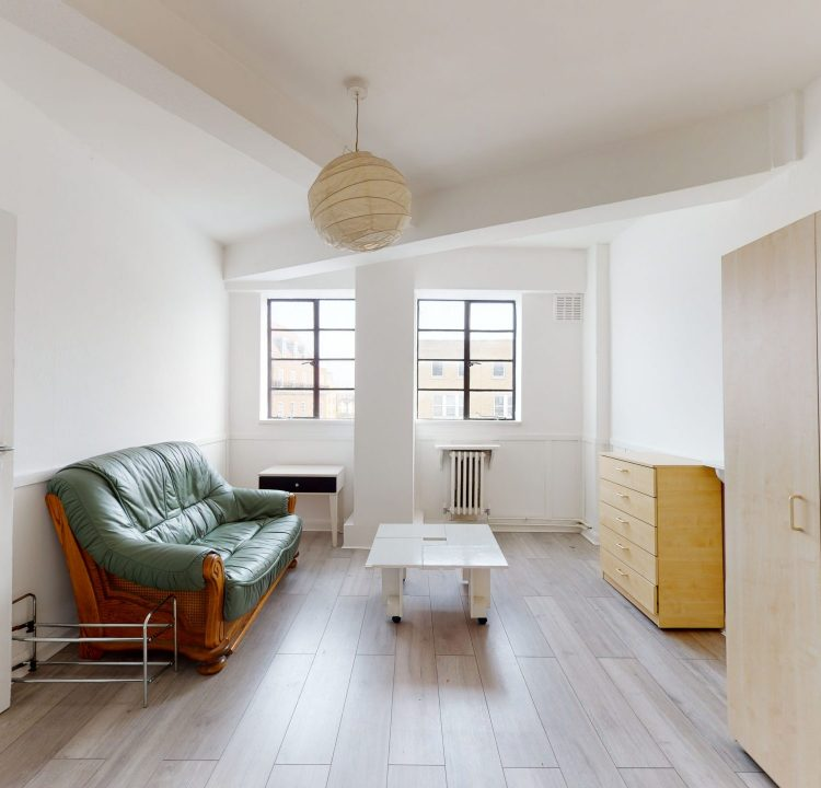 Flat-54-Westbury-Court-3-Nightingale-Ln-London-SW4-9AH-LIVING-ROOM-2