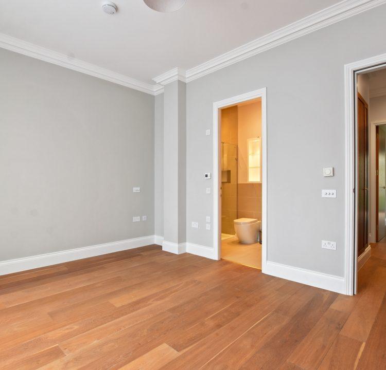 GCGCMV - Flat 3 16 Greville Road - Bedroom -Original (3)
